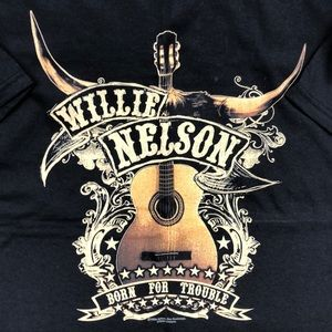 ⭐️NEW⭐️Willie Nelson Graphic Tee